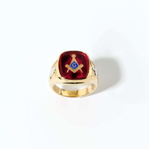 Red Stone Masonic Ring 14K Yellow Gold